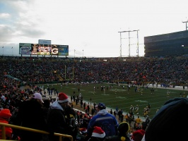 Packers and Bears warming up before the Chrismas Day game