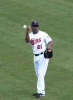 Delmon Young throwing in the practice ball